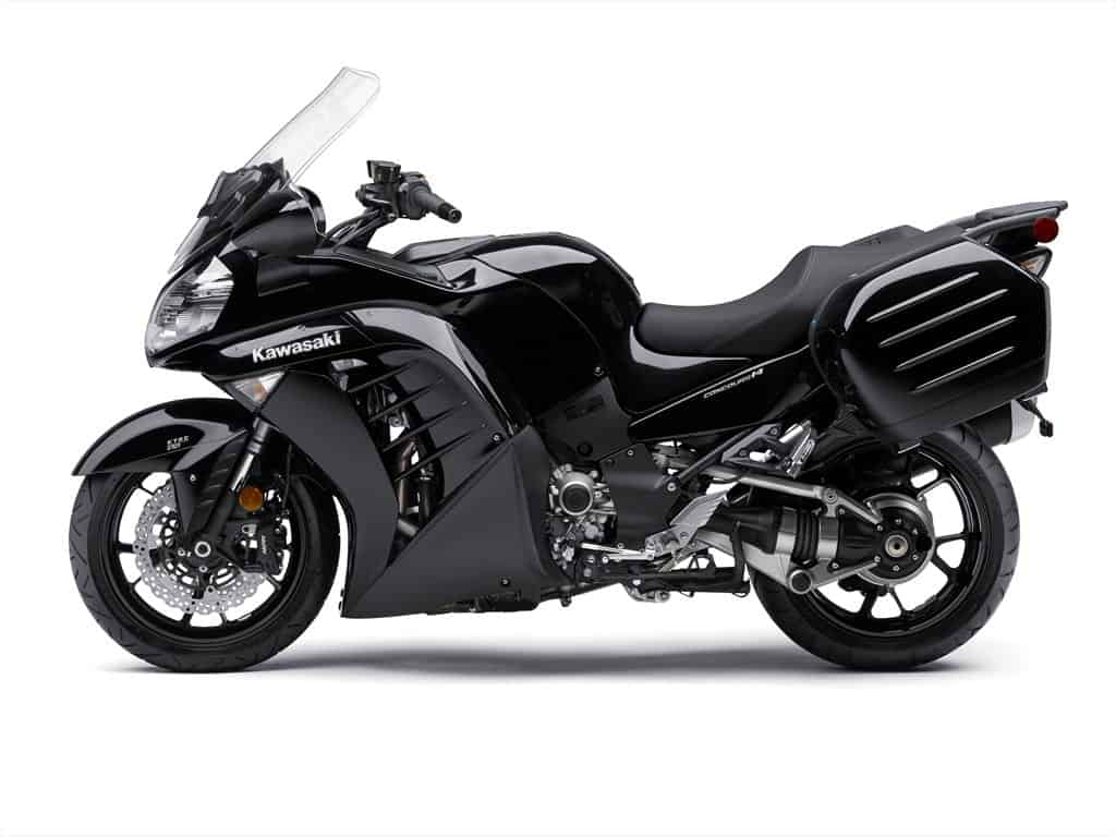 2015_Kawasaki_Councours 14 ABS_Black_3.med
