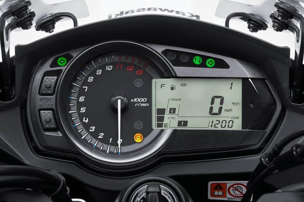 2015_Kawasaki_Ninja 1000 ABS_09.med