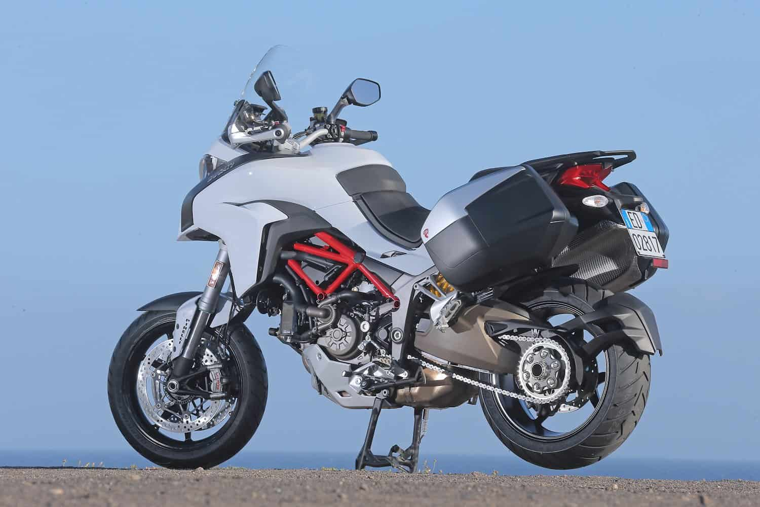 26-Multistrada_1200 S Touring Pack_8