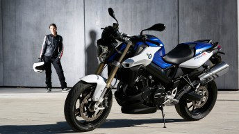 The new 2014 BMW F 800 R