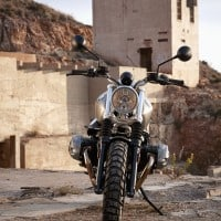 P90203102_highRes_the-new-bmw-r-ninet-