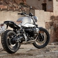 P90203104_highRes_the-new-bmw-r-ninet-