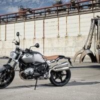 P90203112_highRes_the-new-bmw-r-ninet-